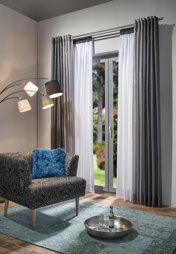 gardinen nach ma malerbetrieb thomas hohmann. Black Bedroom Furniture Sets. Home Design Ideas
